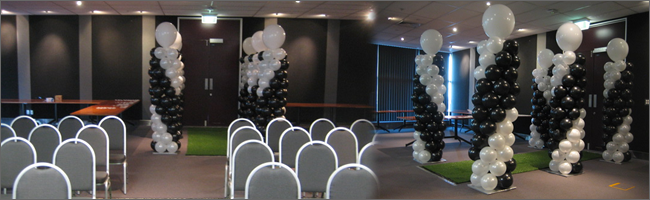 Themed balloon columns